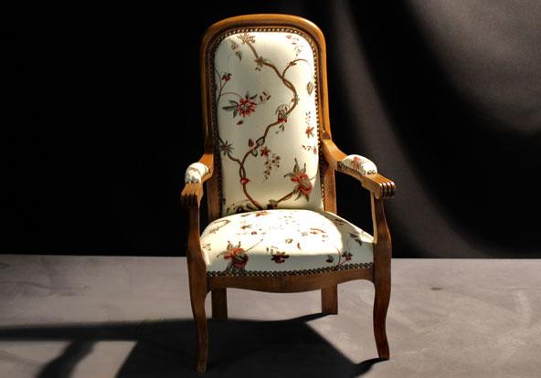 fauteuil voltaire mod le enfant. Black Bedroom Furniture Sets. Home Design Ideas